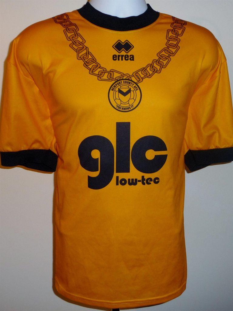 Newport County Cup Shirt Football Shirt 2004 2005