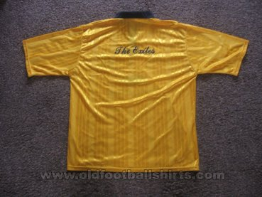 Newport County Home football shirt 1996 - 1997