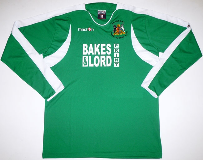 Bradford Park Avenue Home Football Shirt 2006