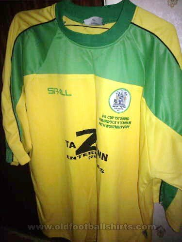 Thurrock Home football shirt 2003 - 2004