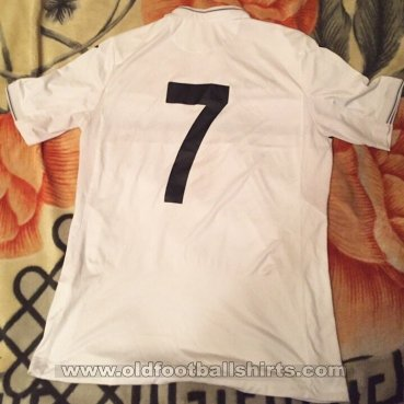 Turkmenistan Away football shirt 2016