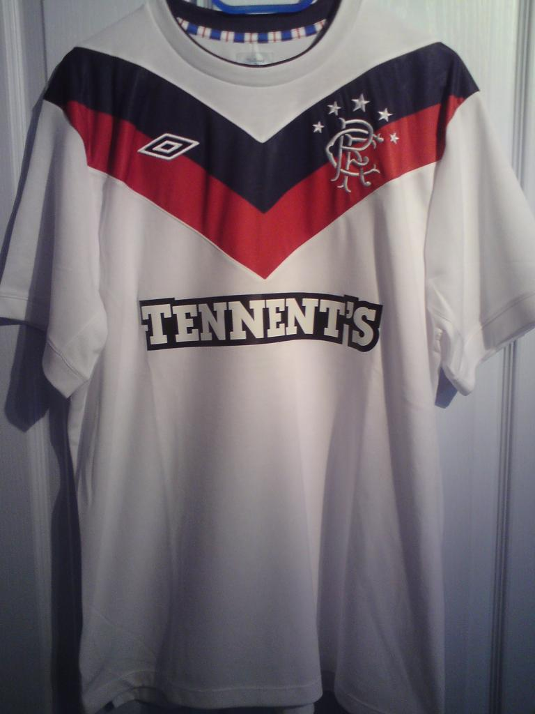2ed62e178 Rangers Third camisa de futebol 2011 - 2012. Sponsored by Tennent s