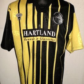 Gloucester City Away voetbalshirt  1994 - 1995 sponsored by Hartland Renault in Gloucester
