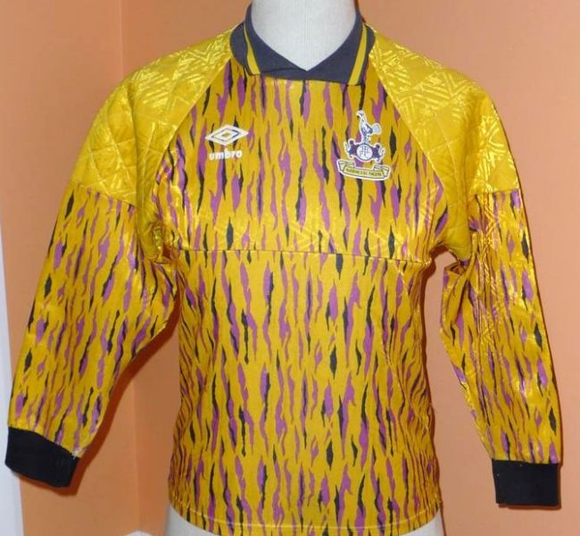 tottenham-hotspur-goalkeeper-football-shirt-1991-1993-s_13301_1.jpg