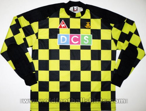 Partick Thistle Goalkeeper football shirt 1996 - 1997