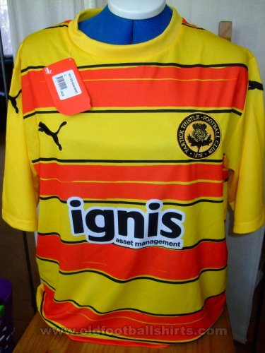 Partick Thistle Home football shirt 2010 - 2011