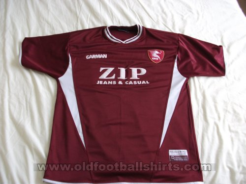 Salernitana Home football shirt 2001 - 2002