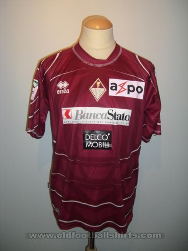 Bellinzona Home Maillot de foot 2010 - 2011