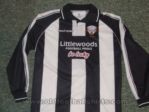 East Stirlingshire Home football shirt 2004 - 2006