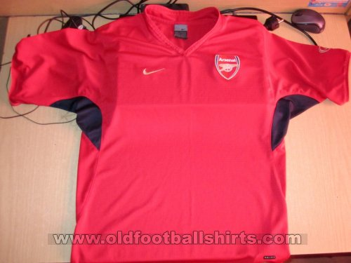 Arsenal Training/Leisure football shirt (unknown year)