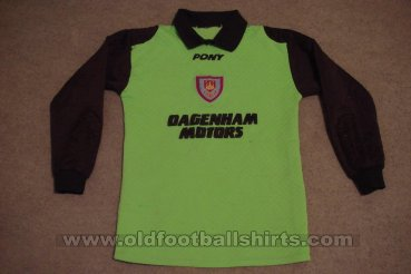 West Ham United Goalkeeper football shirt 1995 - 1996