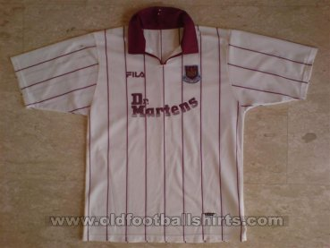 West Ham United Away football shirt 2002 - 2003