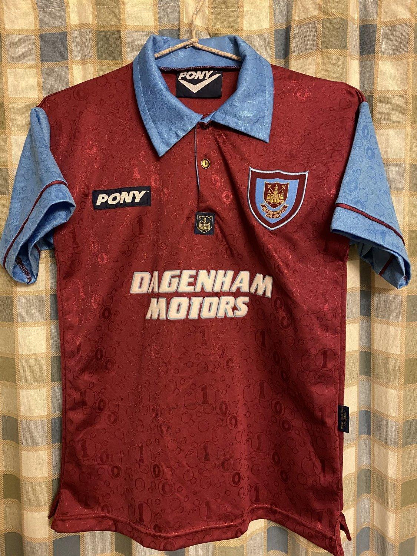 west ham united maillot de foot 1995 1997 ajout 2010 07 28 23 49. Black Bedroom Furniture Sets. Home Design Ideas