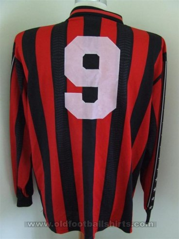Winchester City Home camisa de futebol (unknown year)