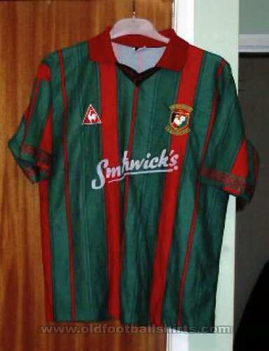 Glentoran Home Maillot de foot 1996 - 1997
