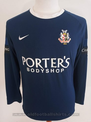 Portadown Away football shirt 2011 - 2012