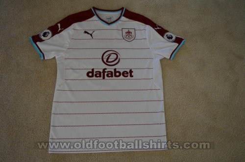 Burnley Away football shirt 2017 - 2018