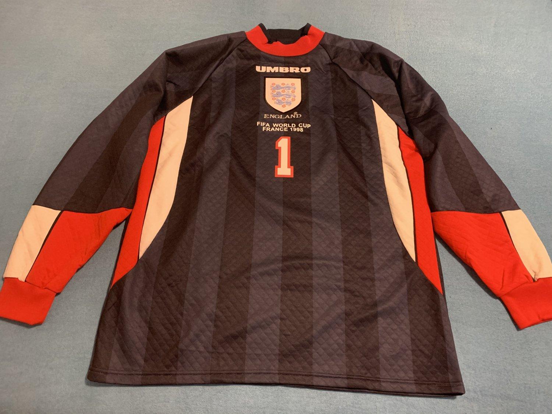 http   www.oldfootballshirts.com img shirts 248 england-goalkeeper-football-  shirt-1997-1998-s 18441 1.jpg cedc28242