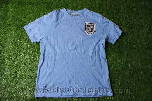 England Retro Replicas football shirt 1970
