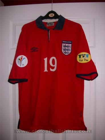 England Away football shirt 1999 - 2001