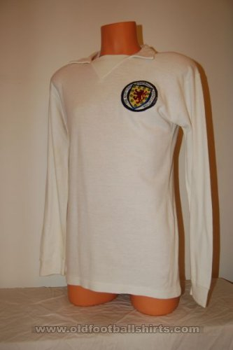 Scotland Away football shirt 1972 - 1974