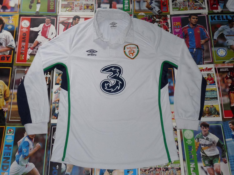 83d519a0009 Republic of Ireland Away Maillot de foot 2014 - 2015.