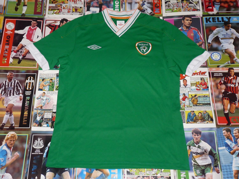 online store 751b2 122d9 Republic of Ireland Training/Leisure football shirt 2012.