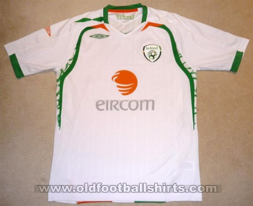 Republic of Ireland Away football shirt 2008 - 2009