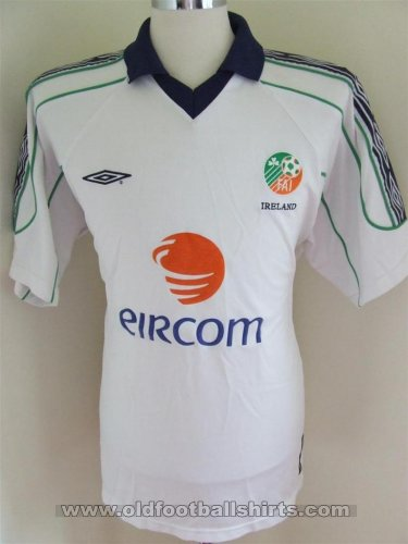 Republic of Ireland Away football shirt 2006