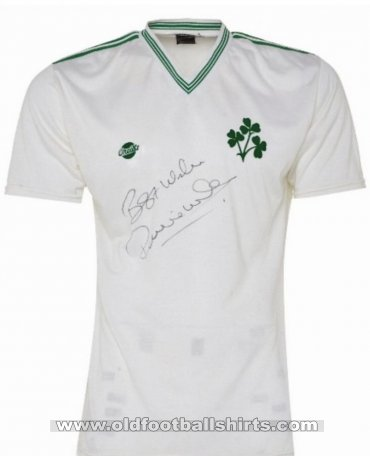 Republic of Ireland Away football shirt 1985