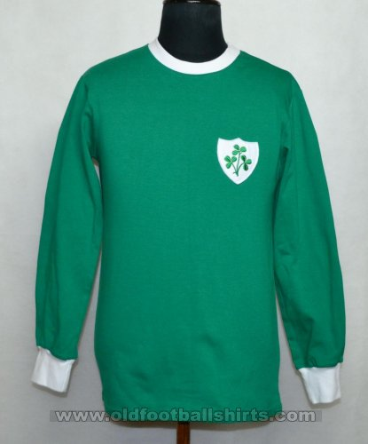 Republic of Ireland Retro Replicas football shirt 1966 - 1969