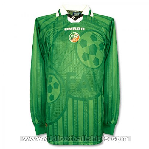Republic of Ireland For sale VINTAGE football shirt 1997 - 1999
