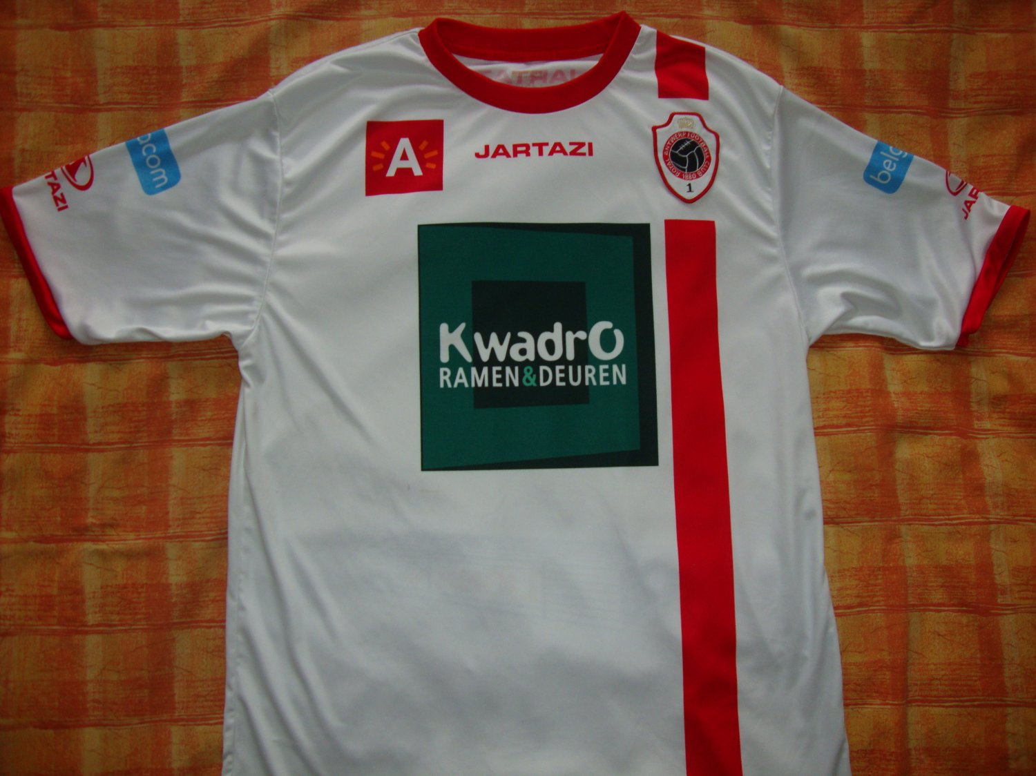 Royal Antwerp Football Club Away Baju Bolasepak 2011 2012 Sponsored By Kwadro Ramen Deuren