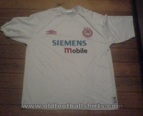 Olympiacos Away football shirt 2001 - 2002