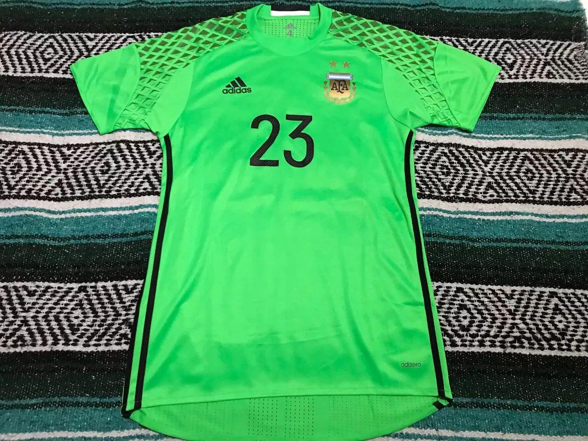 30261195f Argentina Goalkeeper camisa de futebol 2016 - 2017.