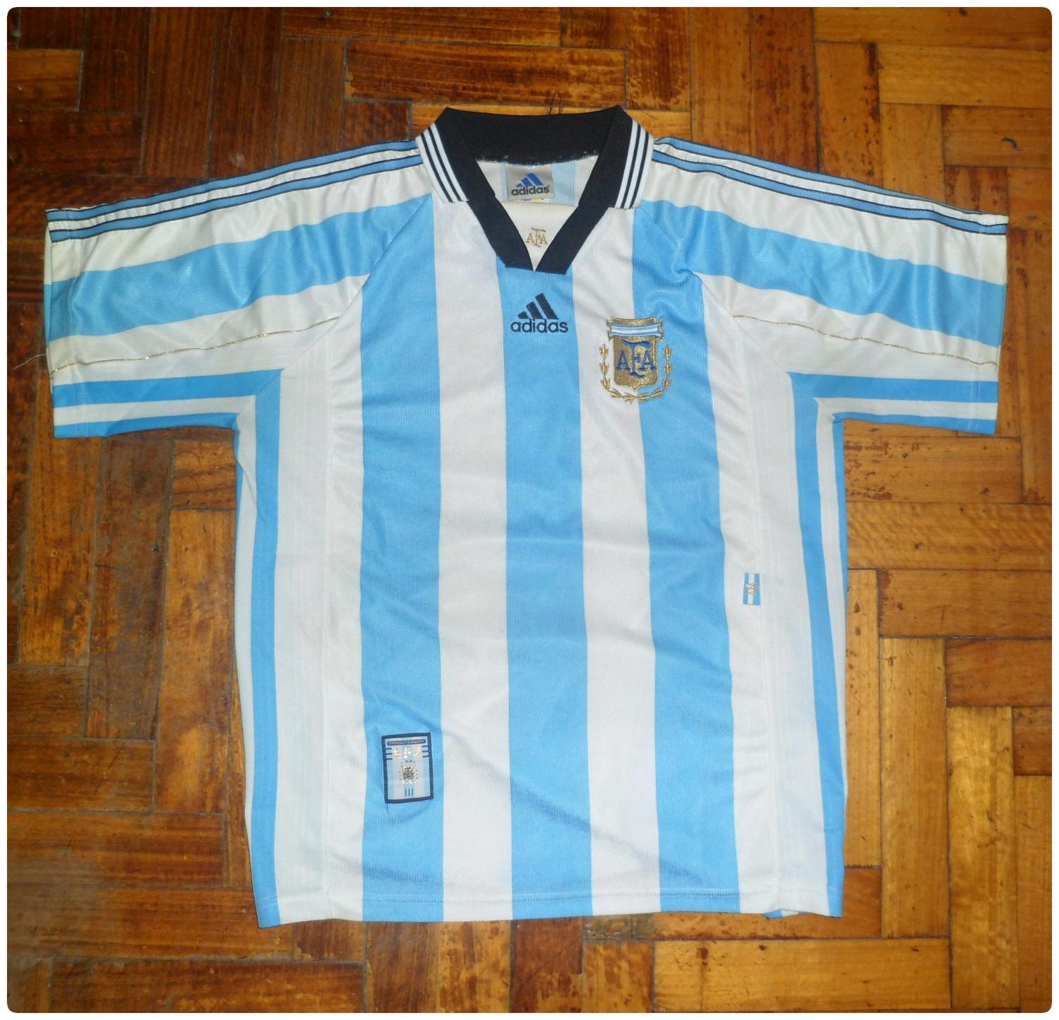 Argentina home football shirt 1998 added on 2014 05 09 03 22 for Classic house 1998