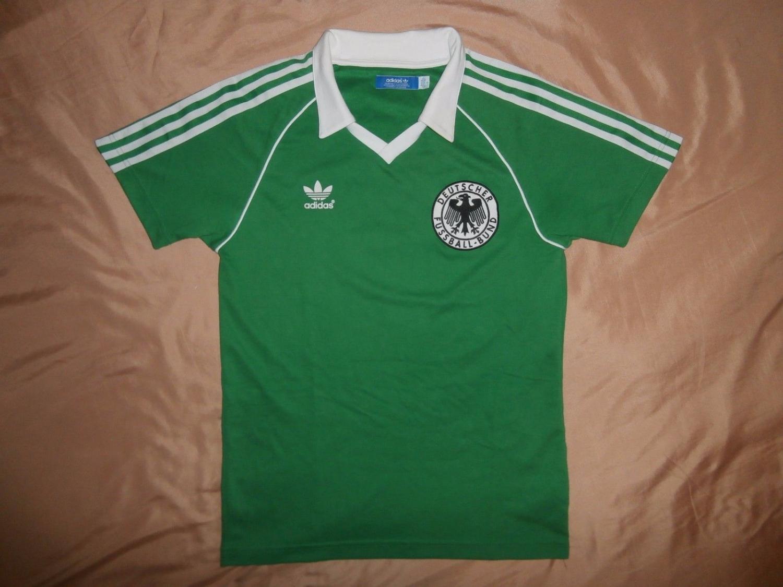 dfc5331a344 Germany Retro Replicas camisa de futebol 1981 - 1982.