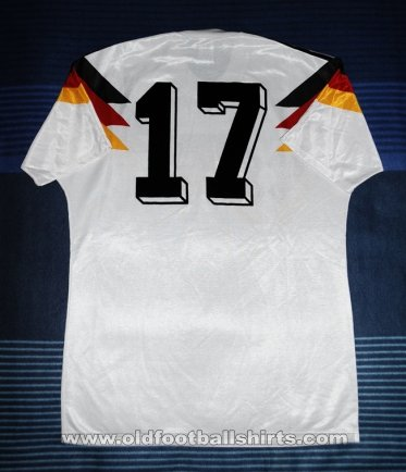 Germany Home baju bolasepak 1988 - 1990