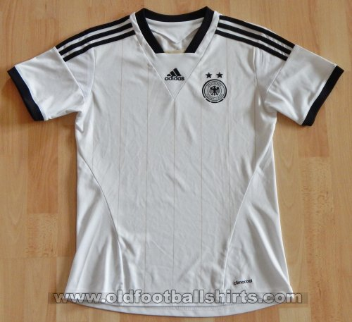 Germany Womens Teams football shirt 2013 - ?