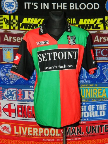 NEC Nijmegen Home football shirt 2004 - 2005