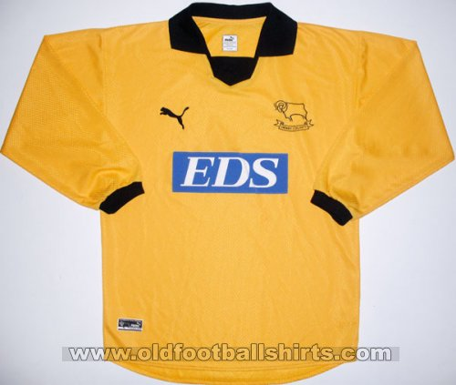 Derby County Goalkeeper football shirt 2000 - 2001