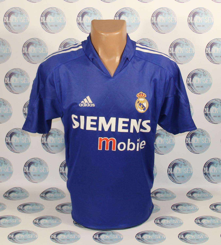 fefc0ee885d Real Madrid Third camisa de futebol 2004 - 2005 ...