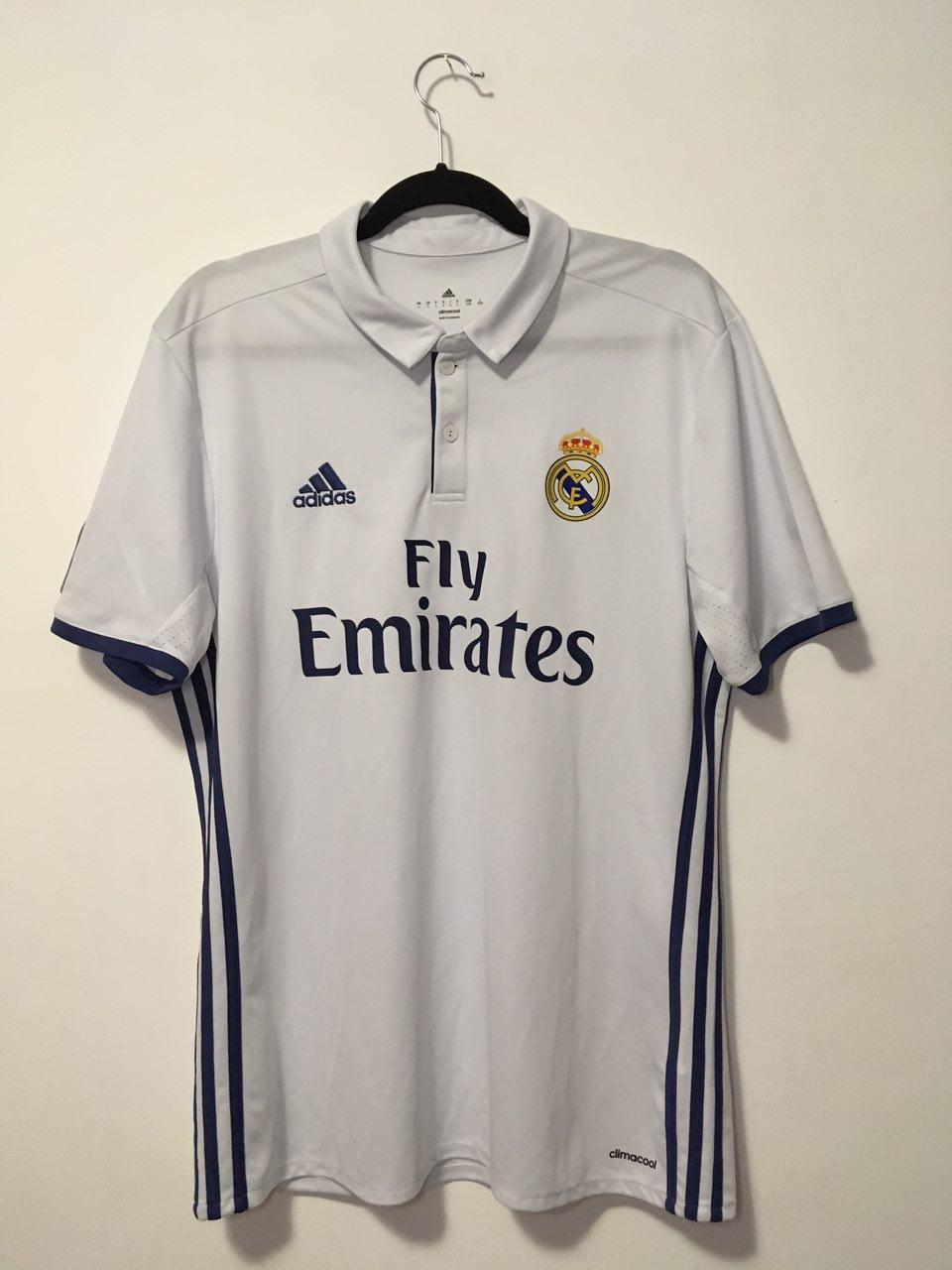 new product d66e4 4207c Real Madrid Home maglia di calcio 2016 - 2017. Sponsored by ...