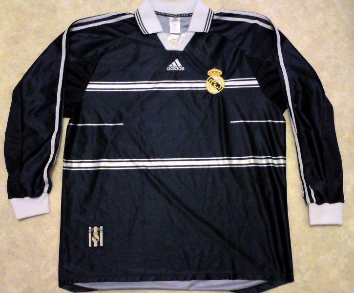 ac9ea91a7 Real Madrid Away Maillot de foot 1998 - 1999.