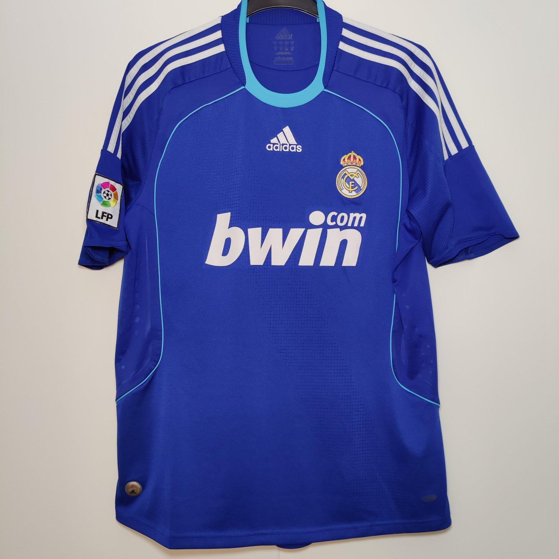 Real Madrid Away football shirt 2008 - 2009.