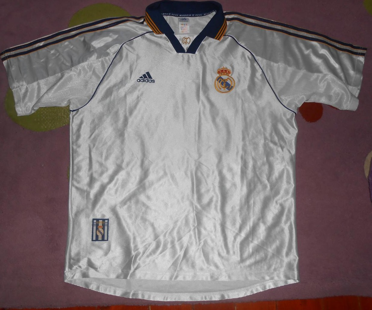 afcc7a208bb Real Madrid Home camisa de futebol 1998 - 2000.