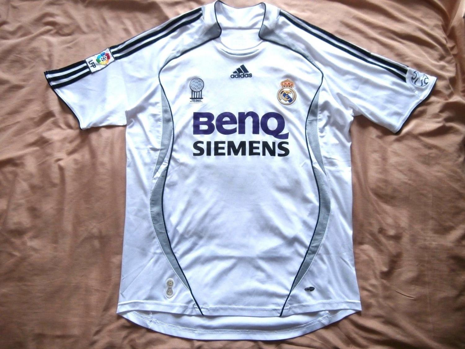 Madrid home and real madrid on pinterest for Classic house 2006