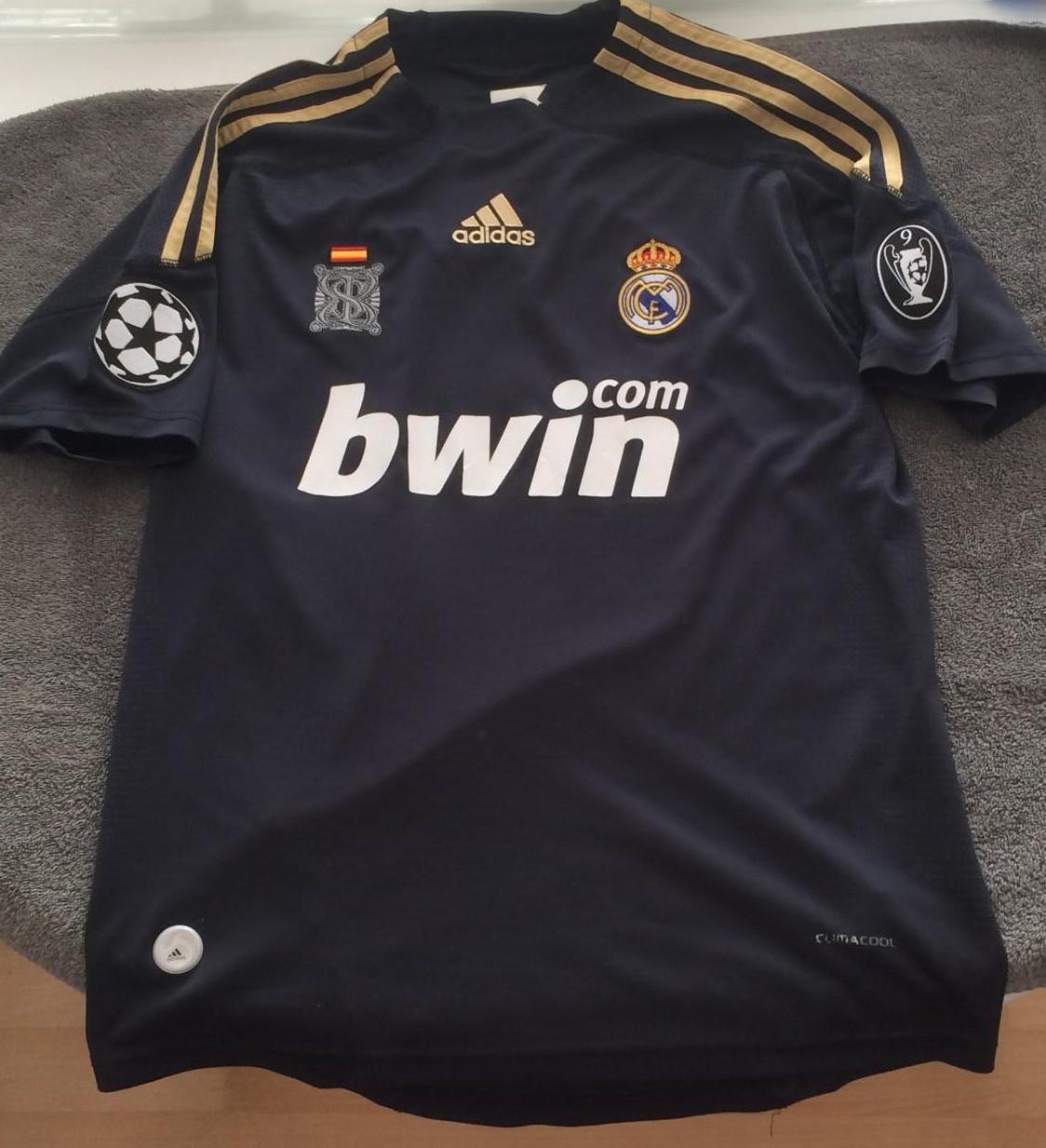 debae56a0 Real Madrid Third Maillot de foot 2009 - 2010.