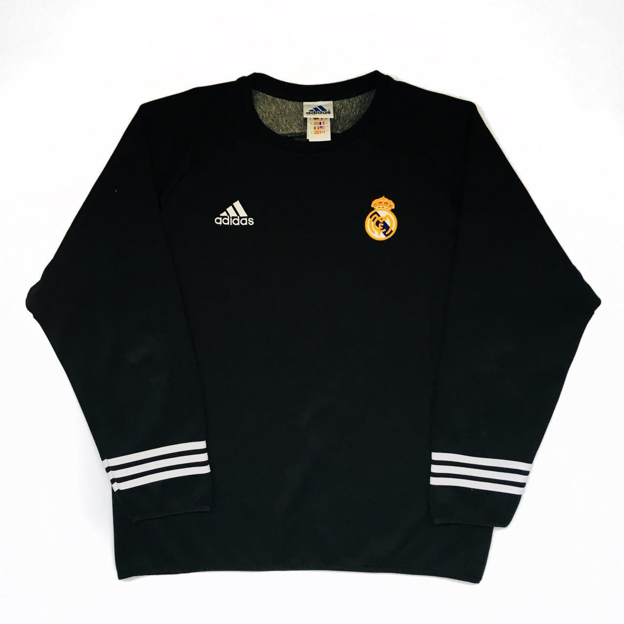 8f6b80e93b4 Real Madrid Training Leisure Maillot de foot 2001 - 2002.