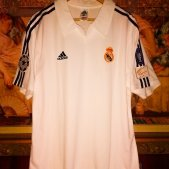 Real Madrid Home Maillot de foot 2001 - 2002